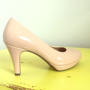Clark's Nude Drier Dolly Heels